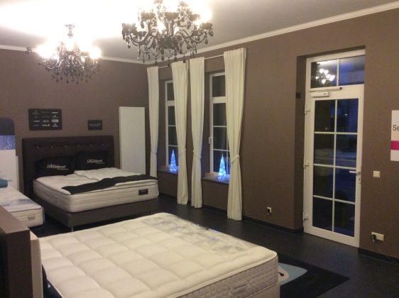 house of comfort. Black Bedroom Furniture Sets. Home Design Ideas